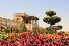 Naqsh-e Jahan广场的阿里Qapu宫殿在伊斯法罕市,伊朗 库存图片