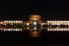 Naqsh-e Jahan清真寺夜视图在Esfahan,伊朗 2016年9月14日 库存图片