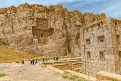 Naqsh-e Rustam Cube av Zoroaster Fotografering för Bildbyråer