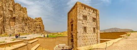 Naqsh-e Rustam Cube de Zoroaster Photographie stock libre de droits