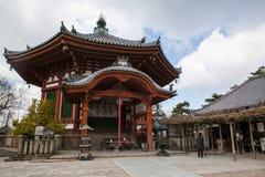 NARA, JAPÃO - 12 DE MARÇO DE 2012: O salão principal de Todaiji, o Daibutsud Fotografia de Stock Royalty Free