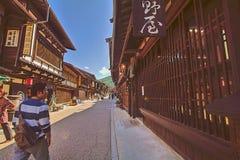 NARAI JAPAN - JUNI 4, 2017: Folket går på Narai är a Arkivfoto