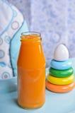 Naranja brillante del jugo Foto de archivo libre de regalías