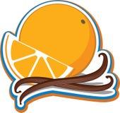 Naranja con los palillos de cinamomo Imágenes de archivo libres de regalías