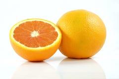Naranja en el fondo blanco Foto de archivo