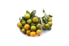 Naranja fresca en saco fotos de archivo