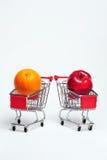 Naranja y Apple Imagenes de archivo