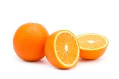 Naranjas jugosas en un fondo blanco Fotos de archivo