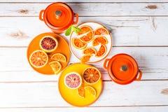 Naranjas y cazuelas de sangre imágenes de archivo libres de regalías
