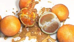 Naranjas y chapoteo del jugo stock de ilustración