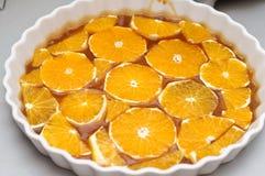 Naranjas y salsa del caramelo foto de archivo libre de regalías
