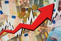 Narastająca strzała z euro pieniądze tłem Fotografia Royalty Free
