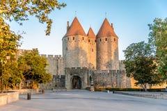 Narbonnaise port till den gamla staden av Carcassonne - Frankrike Arkivbilder