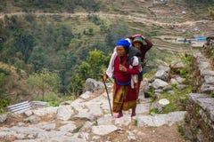 NARCHYANG, NEPAL 18. MÄRZ: Himalajaleute 18, 2015 in Narchyan Lizenzfreies Stockbild