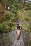 NARCHYANG NEPAL-MARCH 18: Himalayasfolk 18, 2015 i Narchyan Royaltyfria Bilder