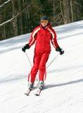 narciarka żeński skłon zdjęcia stock