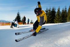 Narciarki narciarstwo zjazdowy Obraz Stock