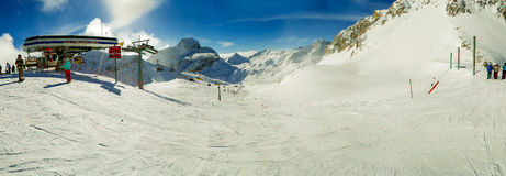 Narciarska skłon panorama zdjęcie royalty free