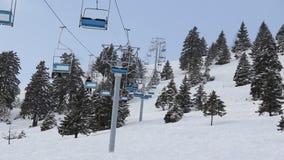 Narciarski dźwignięcie w zimie zdjęcie wideo