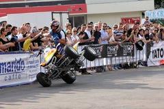 Narcis Roca con il quadrato su due ruote Immagine Stock