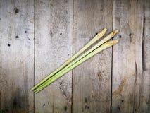 Nard indien sur le fond en bois 1 de plancher images stock