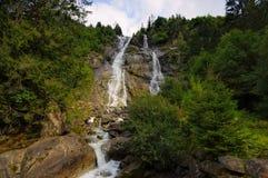 Nardis瀑布在阿尔卑斯 免版税库存图片