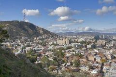 从Narikala堡垒,乔治亚的第比利斯市中心鸟瞰图 库存图片