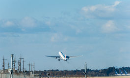 NARITA - JAPÃO, O 25 DE JANEIRO DE 2017: B-6101 Airbus A330 Air China decolam no aeroporto internacional de Narita, Japão Imagens de Stock
