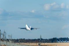 NARITA - LE JAPON, LE 25 JANVIER 2017 : B18212 Boeing 747 China Airlines décollent dans l'aéroport international de Narita, Japon Image stock