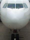 Nariz do avião de passageiros e trem de aterragem Imagem de Stock Royalty Free