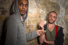 Narkomanu kupienia leki i narkotyki obraz royalty free