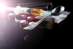 Narkotiska preparat med ljus Royaltyfri Fotografi