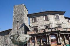 Narni (Terni, Umbría, Italia) - edificios viejos Fotografía de archivo