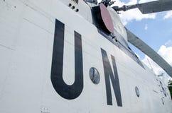 Narody Zjednoczone ocechowanie na Mil Mi-26 helikopterze fotografia stock