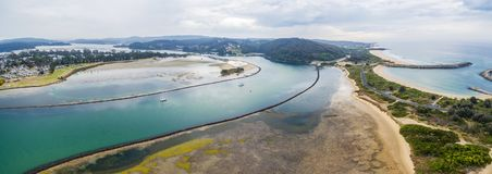 Narooma江边空中全景  NSW,澳洲 库存照片
