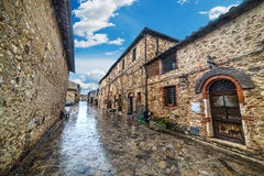 Narrow alley in Monteriggioni Royalty Free Stock Photography