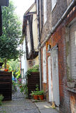 Narrow kent lane cottages Stock Photos