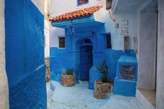 Narrow LaneWhite and Blue, Chefchaouen, Morocco Royalty Free Stock Images