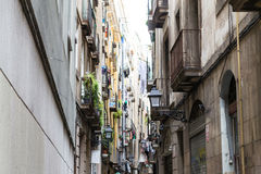 Narrow street in the Gothic quarters of Barcelona Royalty Free Stock Photos
