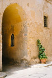 Narrow street of Mdina, Malta. Medieval old houses of Silent City - Mdina, Malta Royalty Free Stock Images