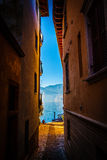 Narrow street 's aperture at Lake Garda Royalty Free Stock Photography