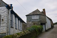 Free Narrow Streets And Cottages In Port Isaac Stock Photo - 137955700