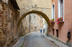 The narrow streets of the Old Town, Vilnius, Lithuania Stock Images