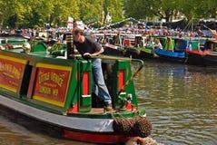 Narrowboats en la cabalgata de Canalway Imagen de archivo