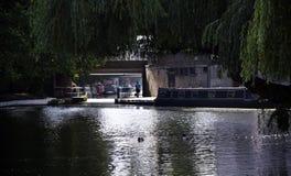 Narrowboats no canal Fotografia de Stock