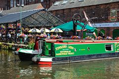 Narrowboats outside pub, Nottingham. Royalty Free Stock Photos