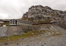 Narty stacja w szwajcarskich Alps Zdjęcie Stock