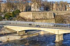 Narva l'Estonie Pont de l'amitié photographie stock libre de droits