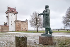 Narva l'Estonie Statue de Lénine photographie stock