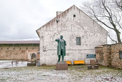 Narva l'Estonie Statue de Lénine photos stock